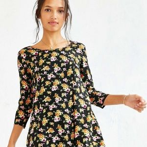 🌞 2 for $20 Urban Outfitters Floral Dress